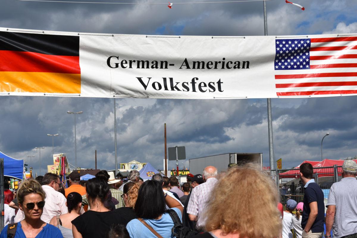 Deutsch-Amerikanisches Volksfest 04.-06.08.2017 - Stadt