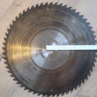 Sägeblatt für Wippkreissäge HSS -- Bohrung 28mm / Durchmesser 63,5cm